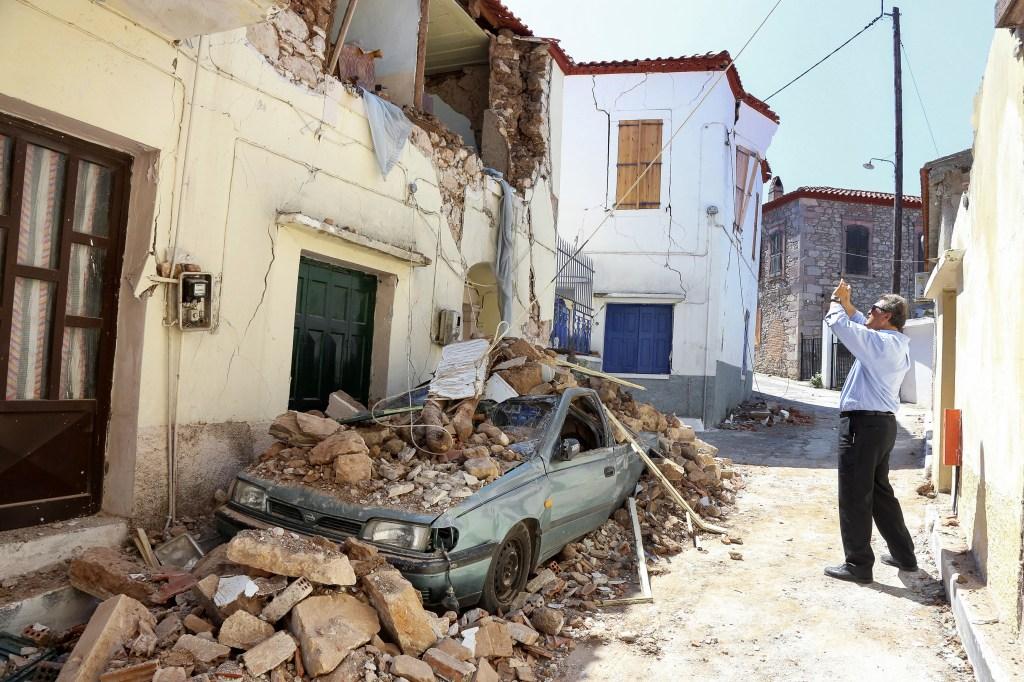 Weekly wrap-up: Earthquakes strike Yellowstone, Guatemala