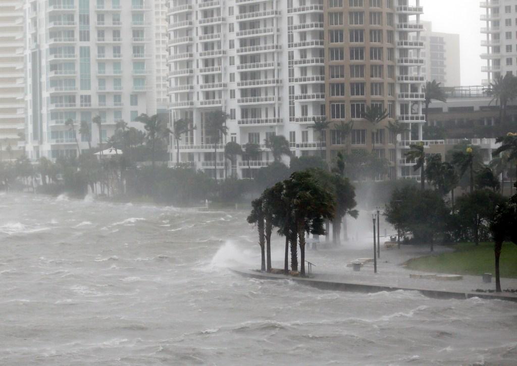 Reports: Hurricane Irma makes 2nd Florida landfall near Naples