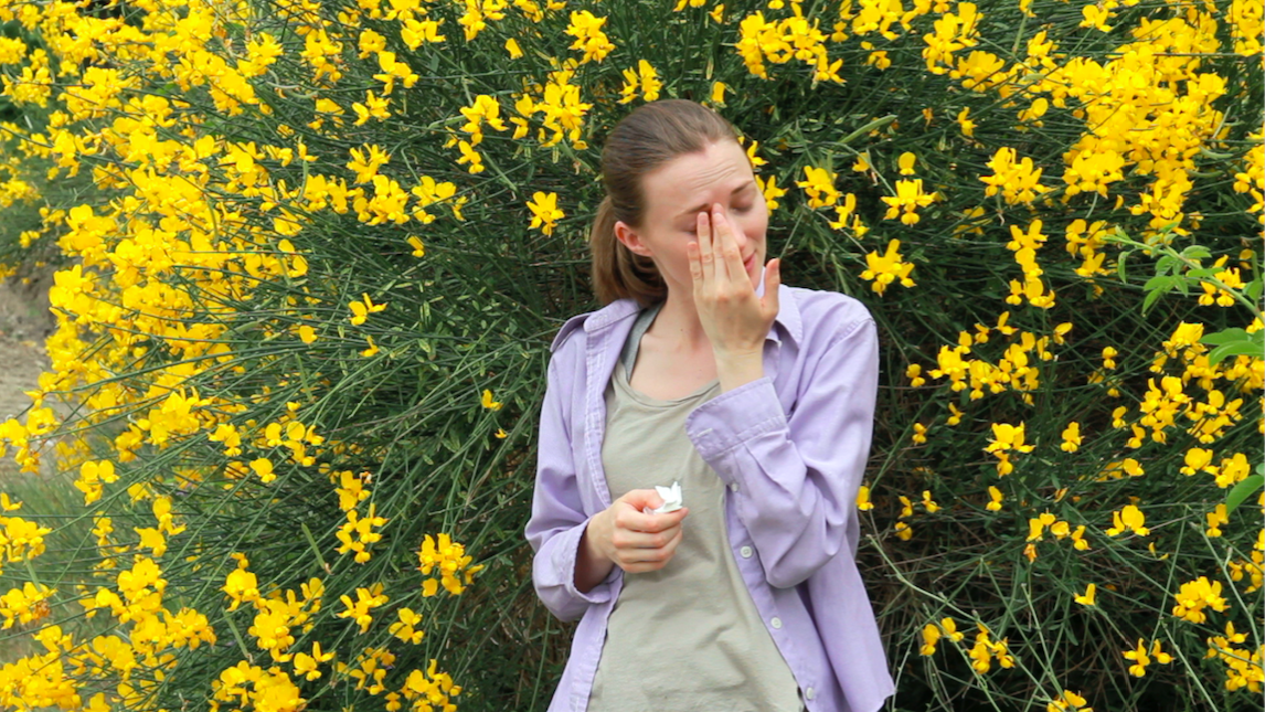 5 ways seasonal allergies can irritate your skin