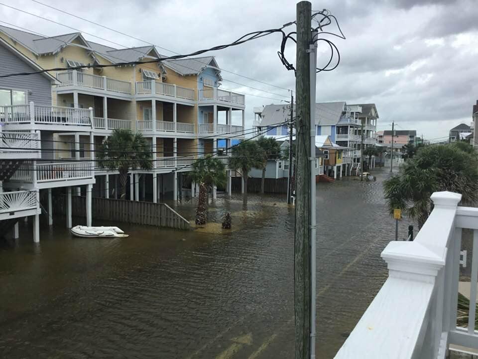 Reports: Florence kills at least 11, triggers flash flood