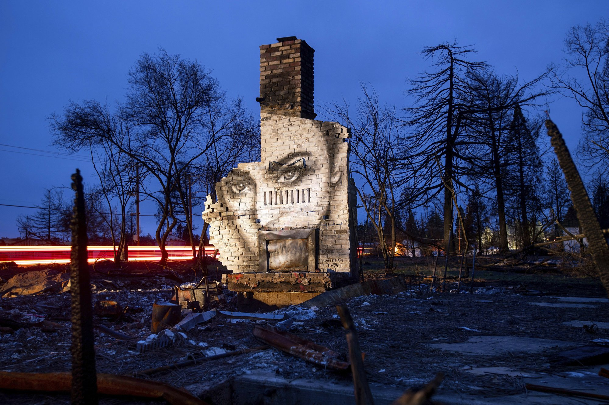 Photos: Artist transforms burned ruins in Paradise