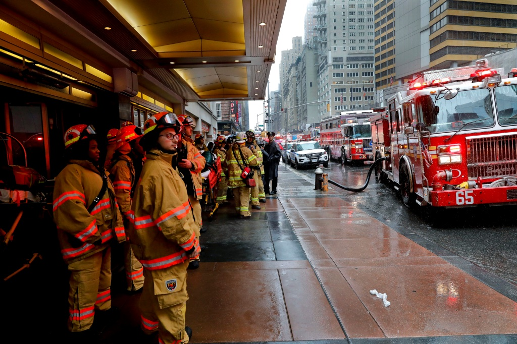 Pilot killed in fatal NYC helicopter crash shouldn't have
