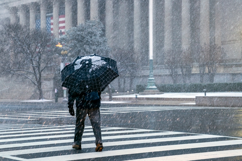 Live updates: Monster winter storm snarls travel, cancels