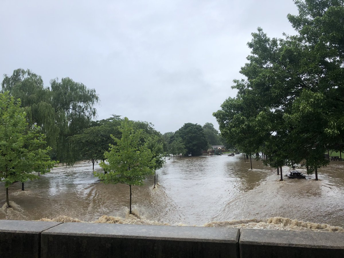 Nearly a month's worth of rain in 1 hour triggers travel