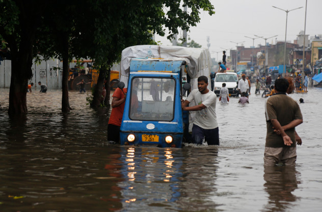 Photos: Flooding claims more than 300 lives in India