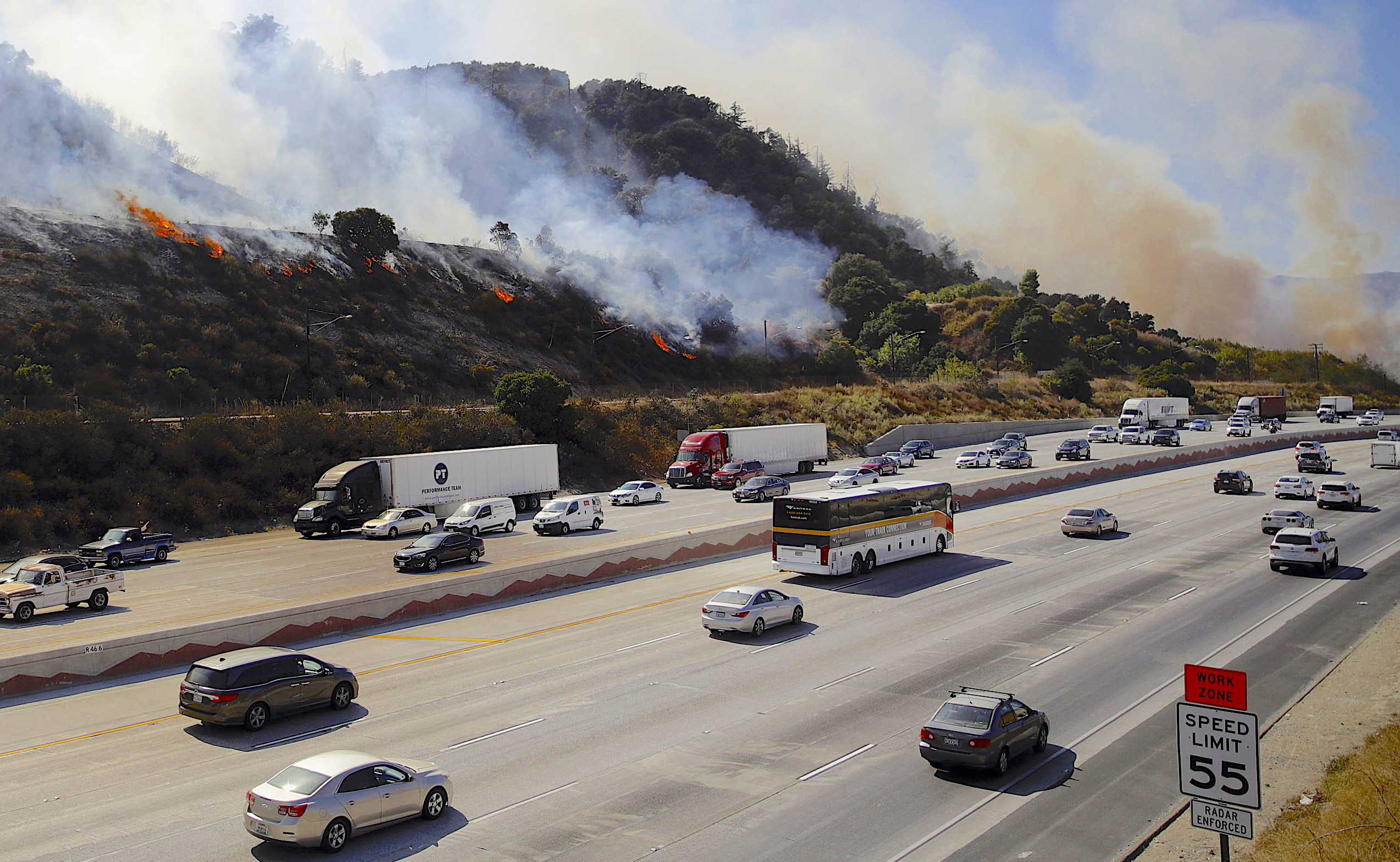 'Sundowner' winds could fan flames in Southern California